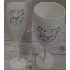 Два бокала с гравировкой