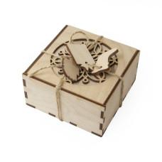 Коробочка подарочная из фанеры, 10х10 см